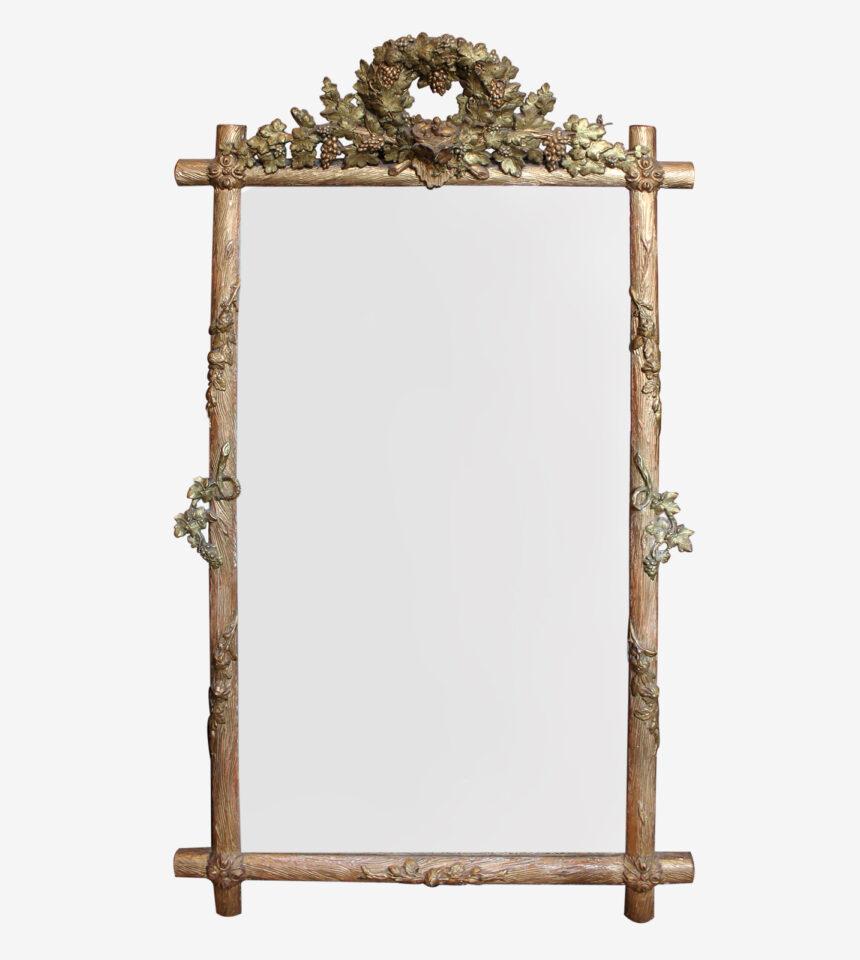 Franse Spiegels met druivenkroon